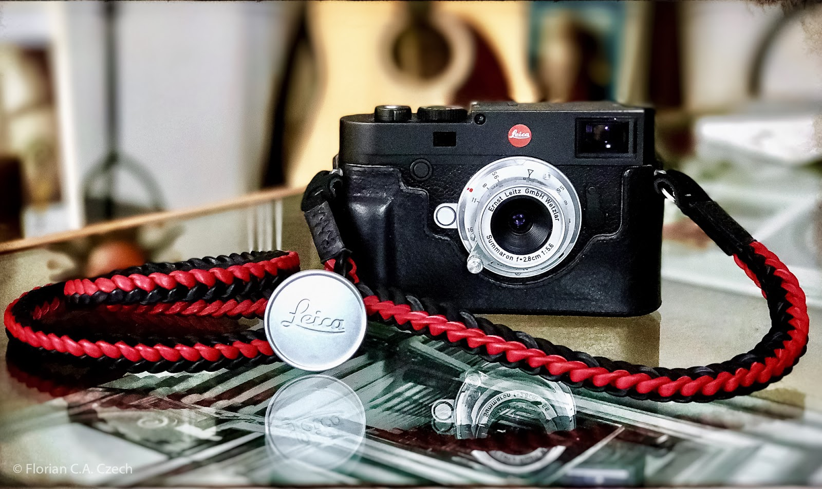 Leica M10 + M 28mm 5.6 Sumaron Barton Gurt