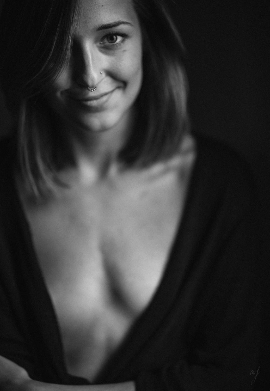 Isabelle Porträt Leica Noctilux M 75mm 1.25