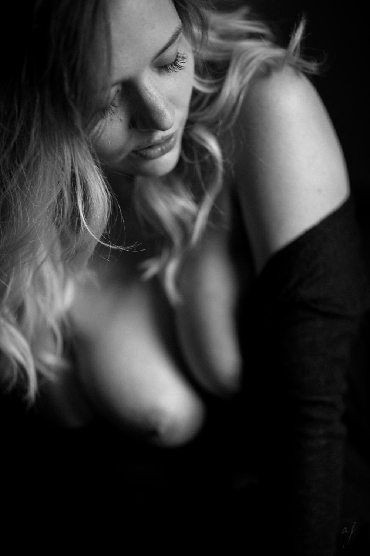 Paula Akt - Leica Noctilux M 75mm 1.25