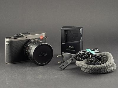gebrauchte Leica Q Titan grau 19012